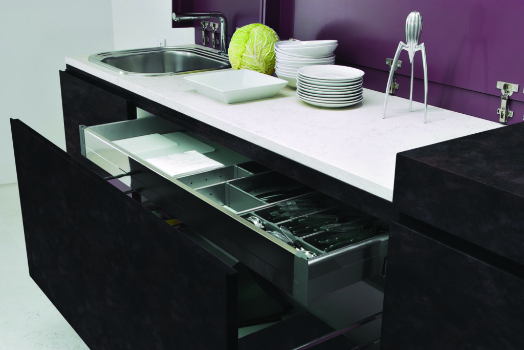 HOW TO CHOOSE LAMINATES FOR YOUR KITCHEN